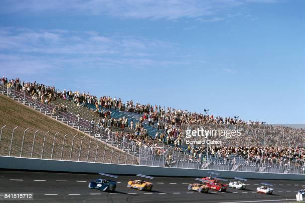 Mario Andretti, Denny Hulme, Bruce McLaren, McLaren-Ford M6B, McLaren-Chevrolet M8B, Texas International Can-Am Round, Texas World Speedway, College...