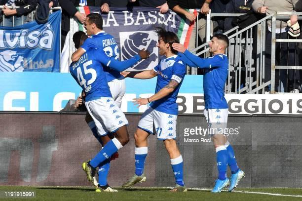 Mario Balotelli of Brescia Calcio celebrate a opening gaol with his team mates during the Serie A match between Brescia Calcio and SS Lazio at Stadio...
