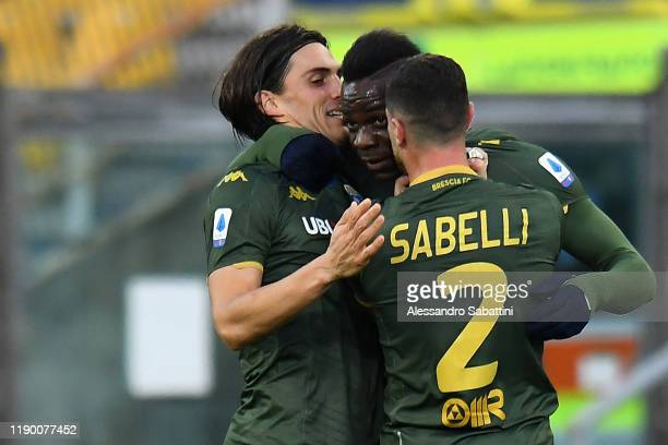 Mario Balotelli of Brescia Calcio celebrates after scoring the opening goal during the Serie A match between Parma Calcio and Brescia Calcio at...