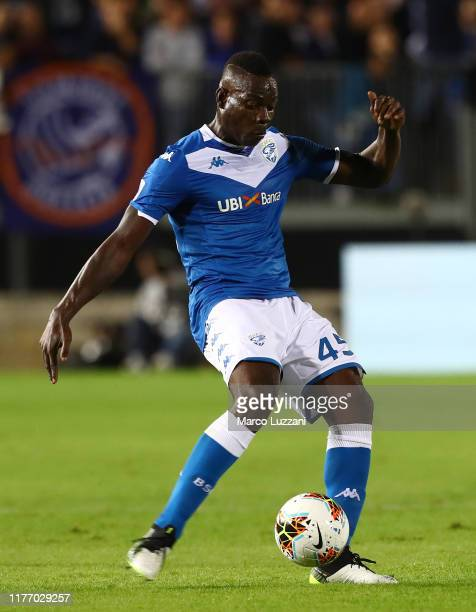 Mario Balotelli of Brescia Calcio in action during the Serie A match between Brescia Calcio and Juventus at Stadio Mario Rigamonti on September 24...