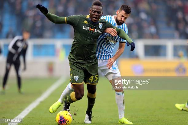 Mario Balotelli of Brescia Calcio in action during the Serie A match between SPAL and Brescia Calcio at Stadio Paolo Mazza on December 8, 2019 in...