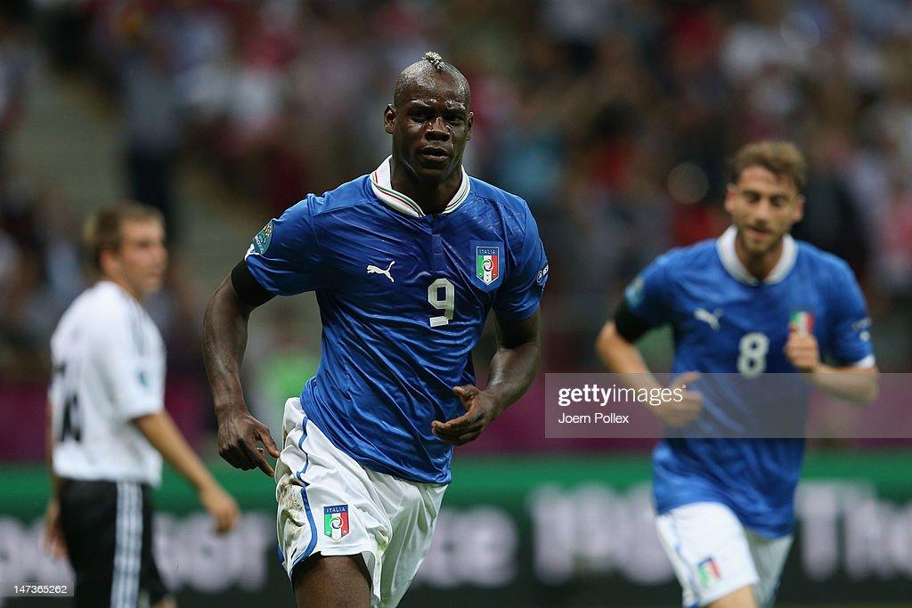 Germany v Italy - UEFA EURO 2012 Semi Final : ニュース写真