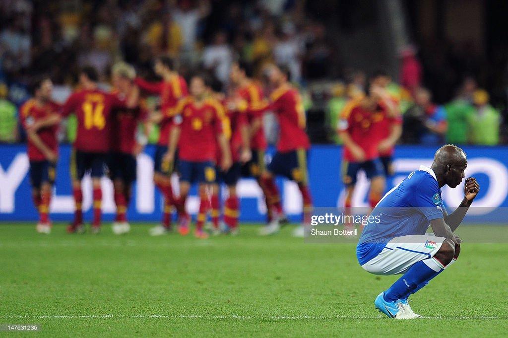 Spain v Italy - UEFA EURO 2012 Final : News Photo