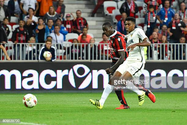 Mario Balotelli of Nice scores during the Ligue 1 match between OGC Nice and AS Monaco at Allianz Riviera on September 21 2016 in Nice France