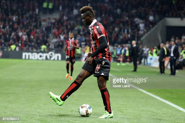Mario Balotelli of OGC Nice play with the ball during the French Ligue 1 match between OGC Nice and Paris SaintGermain at Allianz Arena on April 30...