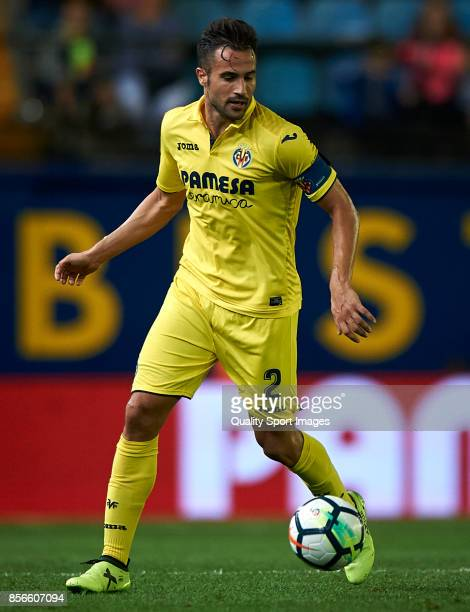 Mario Gaspar of Villarreal in action during the La Liga match between Villarreal and Eibar at Estadio De La Ceramica on October 1 2017 in Villarreal...