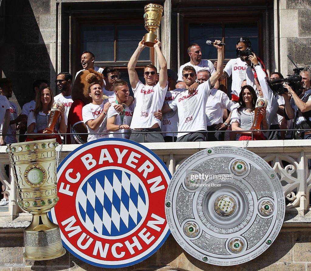 FC Bayern Muenchen Celebrates Winning The DFB Cup 2016 : News Photo