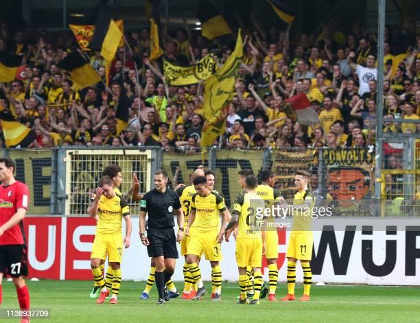 Mario Goetze of Borussia Dortmund Axel Witsel of Borussia Dortmund Oemer Toprak of Borussia Dortmund Jadon Malik Sancho of Borussia Dortmund Thomas...