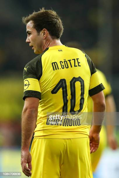 Mario Goetze of Borussia Dortmund looks on during the Bundesliga match between Fortuna Duesseldorf and Borussia Dortmund at EspritArena on December...