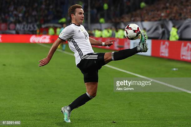 Mario Goetze of Germany controles the ball during the FIFA World Cup 2018 qualifying match between Germany and Czech Republic at Volksparkstadion on...