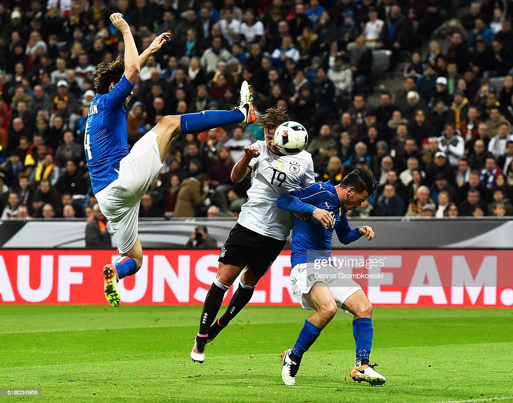 Mario Goetze of Germany scores the second goal during the International Friendly match between Germany and Italy at Allianz Arena on March 29, 2016 in Munich, Germany.
