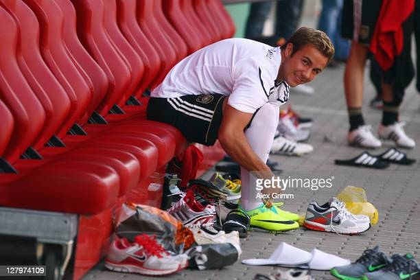 Mario Goetze prepares for the Germany training session at Bruchweg Stadium on October 4 2011 in Mainz Germany