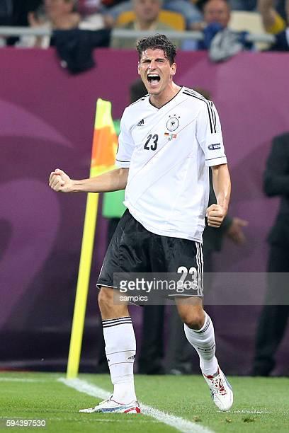 Mario Gomez Deutschland Vorrunde Gruppe B Deutschland Portugal Germany Portugal 10 Fussball EM UEFA Euro Europameisterschaft 2012 Polen Ukraine...