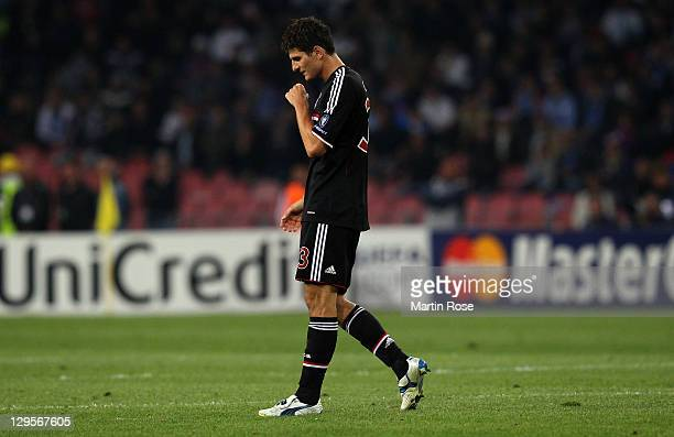 Mario Gomez of Muenchen looks dejected during the UEFA Champions League group A match between SSC Napoli and FC Bayern Muenchen at Stadio San Paolo...