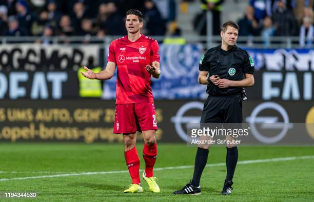 Mario Gomez of Stuttgart reacts during the Second Bundesliga match between SV Darmstadt 98 and VfB Stuttgart at MerckStadion am Boellenfalltor on...