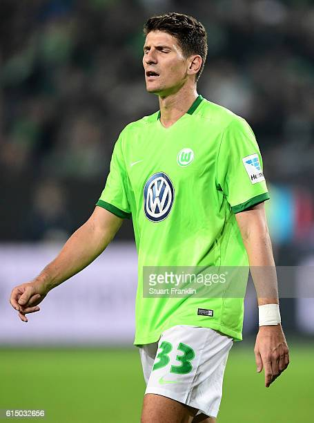 Mario Gomez of Wolfsburg looks dejected after the Bundesliga match between VfL Wolfsburg and RB Leipzig at Volkswagen Arena on October 16 2016 in...