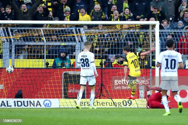 Mario Gotze of Borussia Dortmund scores his team's second goal during the Bundesliga match between Borussia Dortmund and TSG 1899 Hoffenheim at...