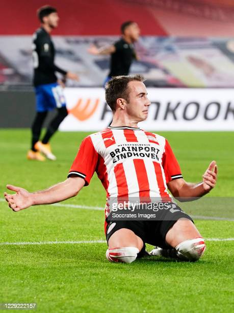 Mario Gotze of PSV celebrates 1-0 during the UEFA Europa League match between PSV v Granada at the Philips Stadium on October 22, 2020 in Eindhoven...