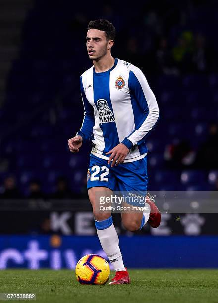 Mario Hermoso of Espanyol runs with the ball during the La Liga match between RCD Espanyol and Girona FC at RCDE Stadium on November 25, 2018 in...