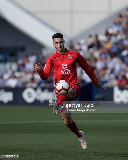 Mario Hermoso of RCD Espanyol controls the ball during the La Liga match between CD Leganes and RCD Espanyol at Estadio Municipal de Butarque on May...