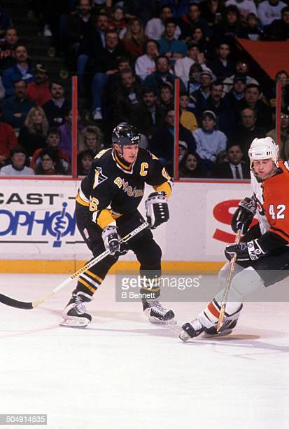 Mario Lemieux of the Pittsburgh Penguins skates on the ice during the game against the Philadelphia Flyers on March 2, 1993 at the Spectrum in...