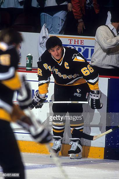 Mario Lemieux of the Pittsburgh Penguins warmsup before the game against the Philadelphia Flyers on March 2 1993 at the Spectrum in Philadelphia...