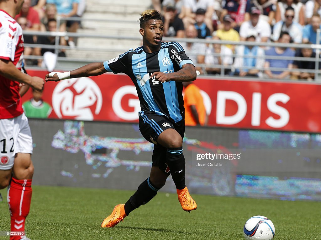 Mario Lemina of Olympique de Marseille in action during the French Ligue 1 match between Stade de Reims and Olympique de Marseille (OM) at Stade Auguste Delaune on August 16, 2015 in Reims, France.