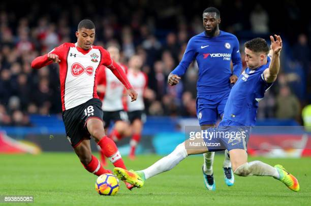 Mario Lemina of Southampton and Gary Cahill of Chelsea during the Premier League match between Chelsea and Southampton at Stamford Bridge on December...
