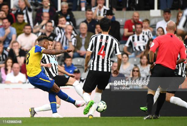 Mario Lemina of Southampton scores his team's first goal during the Premier League match between Newcastle United and Southampton FC at St James Park...