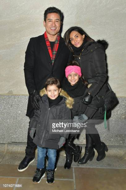 Mario Lopez and family attend the 86th Annual Rockefeller Center Christmas Tree Lighting Ceremony at Rockefeller Center on November 28 2018 in New...