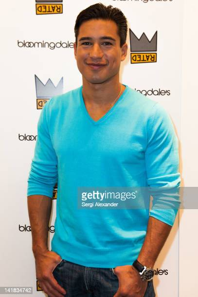 Mario Lopez attends his Personal Appearance at Bloomingdale's Aventura on March 24 2012 in Aventura Florida