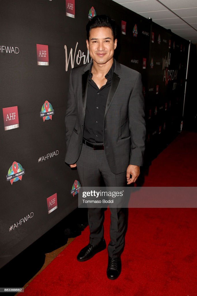 Mario Lopez attends the AHF World AIDS DAY Concert and 30th Anniversary Celebration at the Shrine Auditorium on November 30, 2017 in Los Angeles, California.