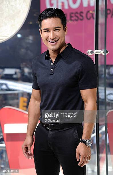 Mario Lopez hosts 'Extra' at their New York studios at HM in Times Square on September 9 2015 in New York City