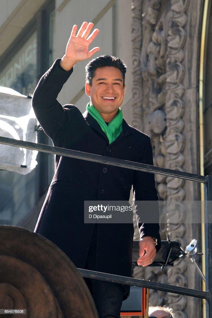"Mario Lopez Hosts ""Extra"""