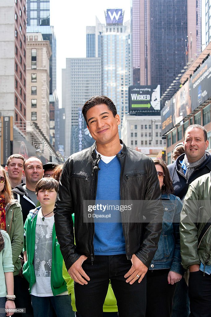 Mario Lopez visits 'Extra' in Times Square on April 15, 2013 in New York City.