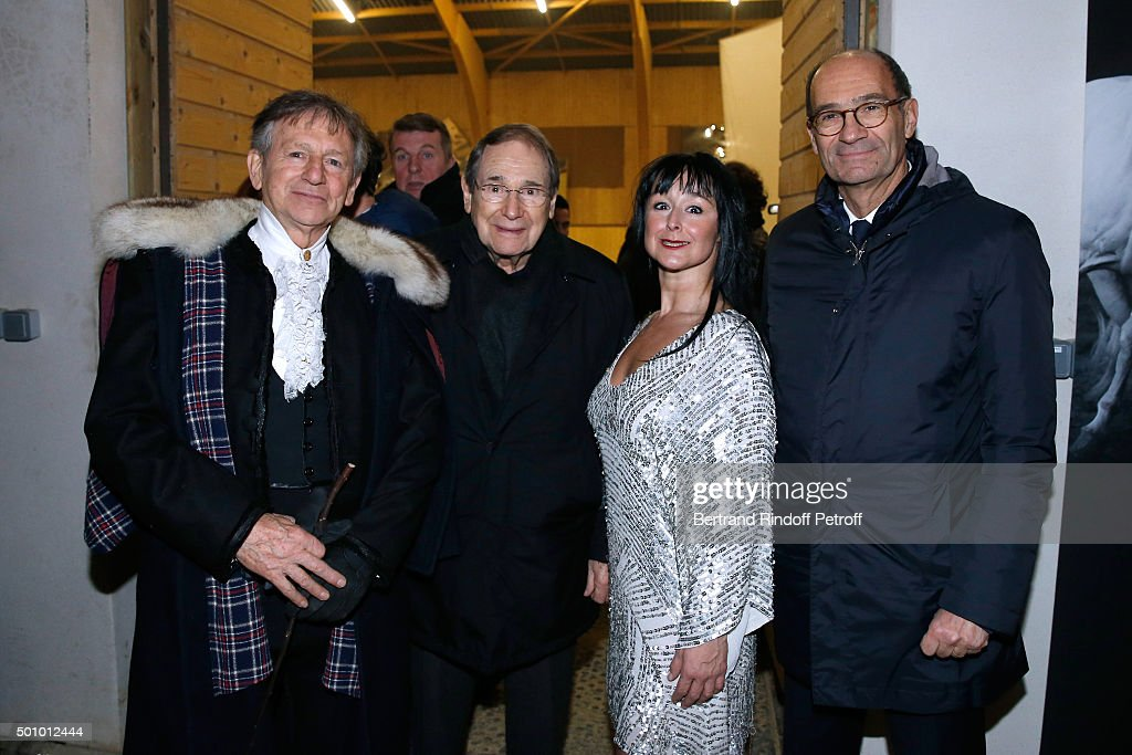 Mario Luraschi, Actor Robert Hossein, Artist of the Show and Politician Eric Woerth attend the 'Mario Luraschi's Espace Cavalcade' : Opening Night at Ferme De La Chapelle on December 11, 2015 in Ermenonville, near Paris, France.