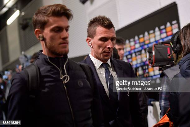 Mario Mandzukic and Daniele Rugani of Juventus arrive at Allianz Stadium before during the Serie A match between Juventus and FC Internazionale on...