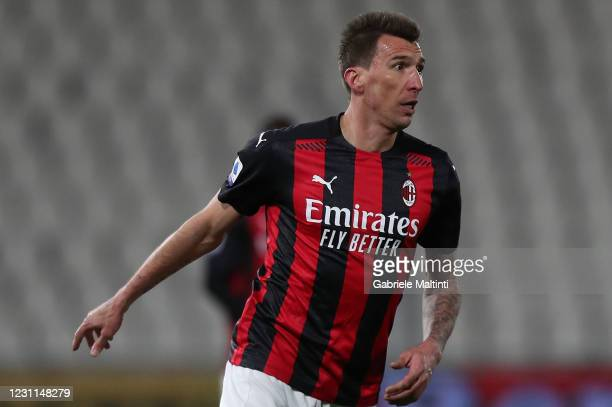 Mario Mandzukic of AC Milan in action during the Serie A match between Spezia Calcio and AC Milan at Stadio Alberto Picco on February 13, 2021 in La...