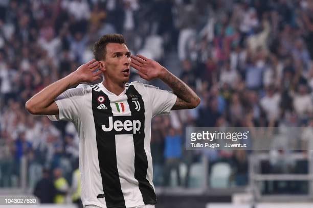 Mario Mandzukic of Juventus celebrates his goal of 21 during the Serie A match between Juventus and SSC Napoli at Allianz Stadium on September 29...