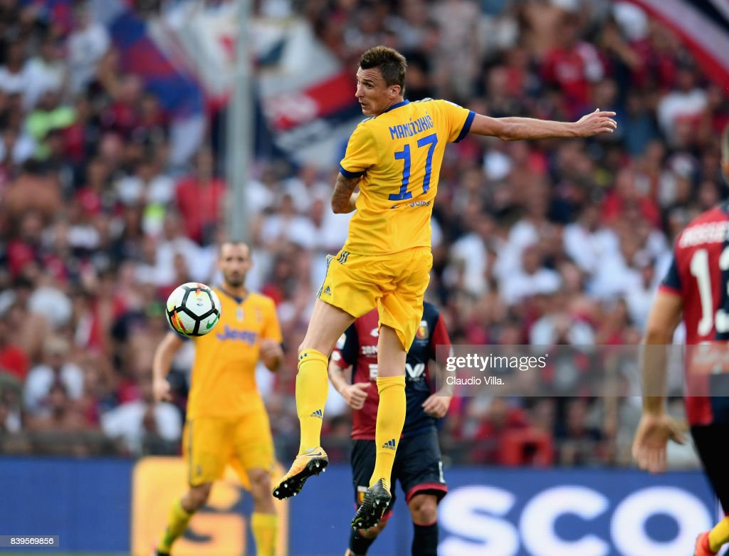 Mario Mandzukic of Juventus FC in action during the Serie A match between Genoa CFC and Juventus at Stadio Luigi Ferraris on August 26, 2017 in Genoa, Italy.