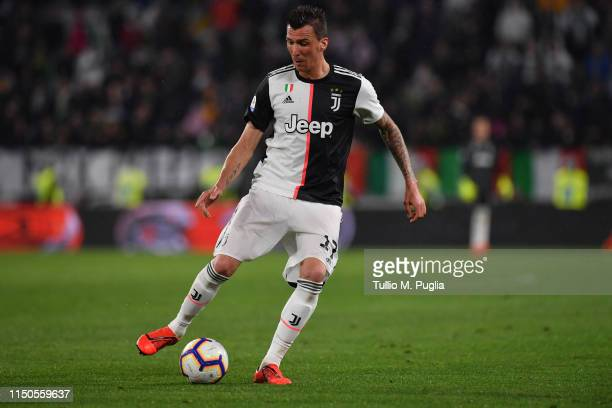 Mario Mandzukic of Juventus in action during the Serie A match between Juventus and Atalanta BC on May 19, 2019 in Turin, Italy.