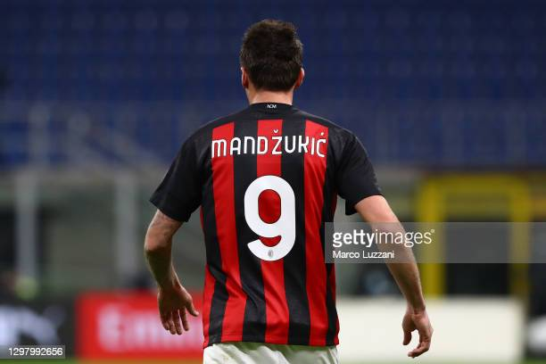 Mario Mandzukic of Milan in action during the Serie A match between AC Milan and Atalanta BC at Stadio Giuseppe Meazza on January 23, 2021 in Milan,...