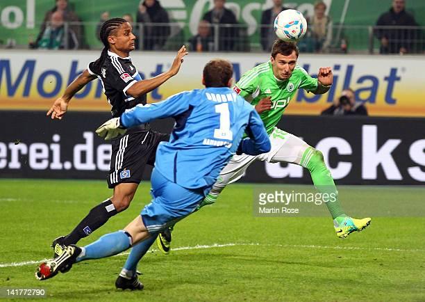 Mario Mandzukic of Wolfsburg heads his team's opening goal during the Bundesliga match between VfL Wolfsburg and Hamburger SV at the Volkswagen Arena...