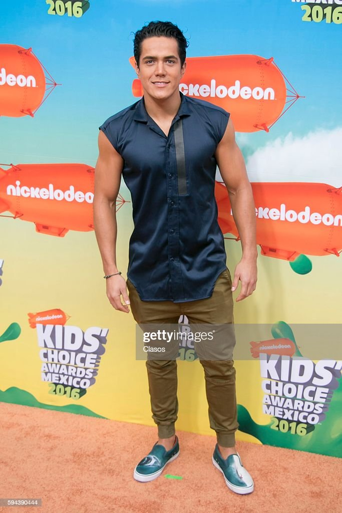 http://media.gettyimages.com/photos/mario-moran-poses-for-pictures-during-the-kids-choice-awards-mexico-picture-id594390444