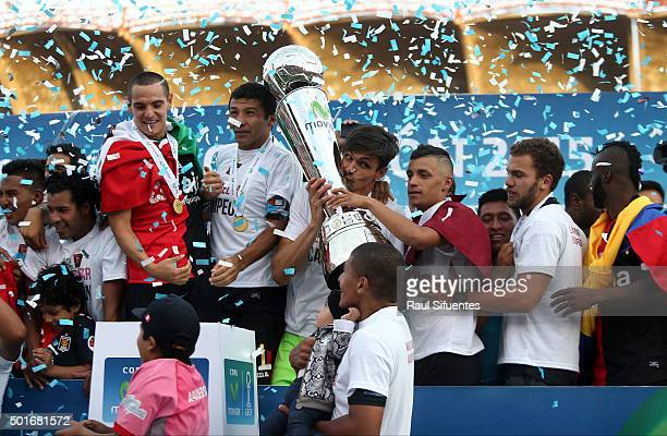 Mario Palomino and Daniel Ferreyra of FBC Melgar celebrate with the trophy after winning a second leg final match between FBC Melgar and Sporting...