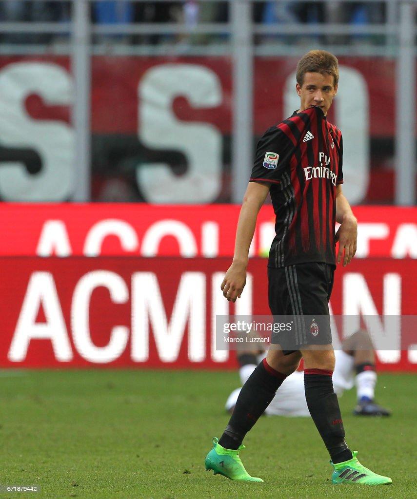 AC Milan v Empoli FC - Serie A