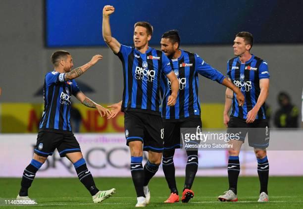 Mario Pasalic of Atalanta BC celebrates after scoring his team third goal during the Serie A match between Atalanta BC and US Sassuolo at Mapei...