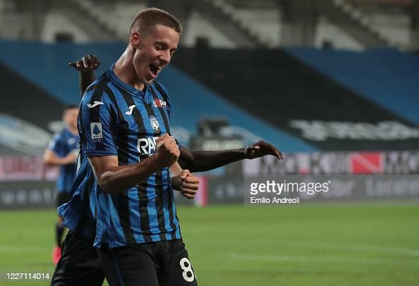 Mario Pasalic of Atalanta BC celebrates his third goal during the ...
