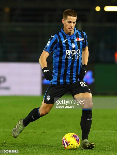 Mario Pasalic of Atalanta BC in action during the Serie A match between Atalanta BC and SPAL at Gewiss Stadium on January 20 2020 in Bergamo Italy
