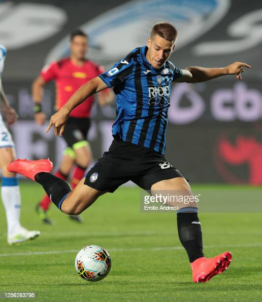 Mario Pasalic of Atalanta BC scores the opening goal during the Serie A match between Atalanta BC and Brescia Calcio at Gewiss Stadium on July 14,...